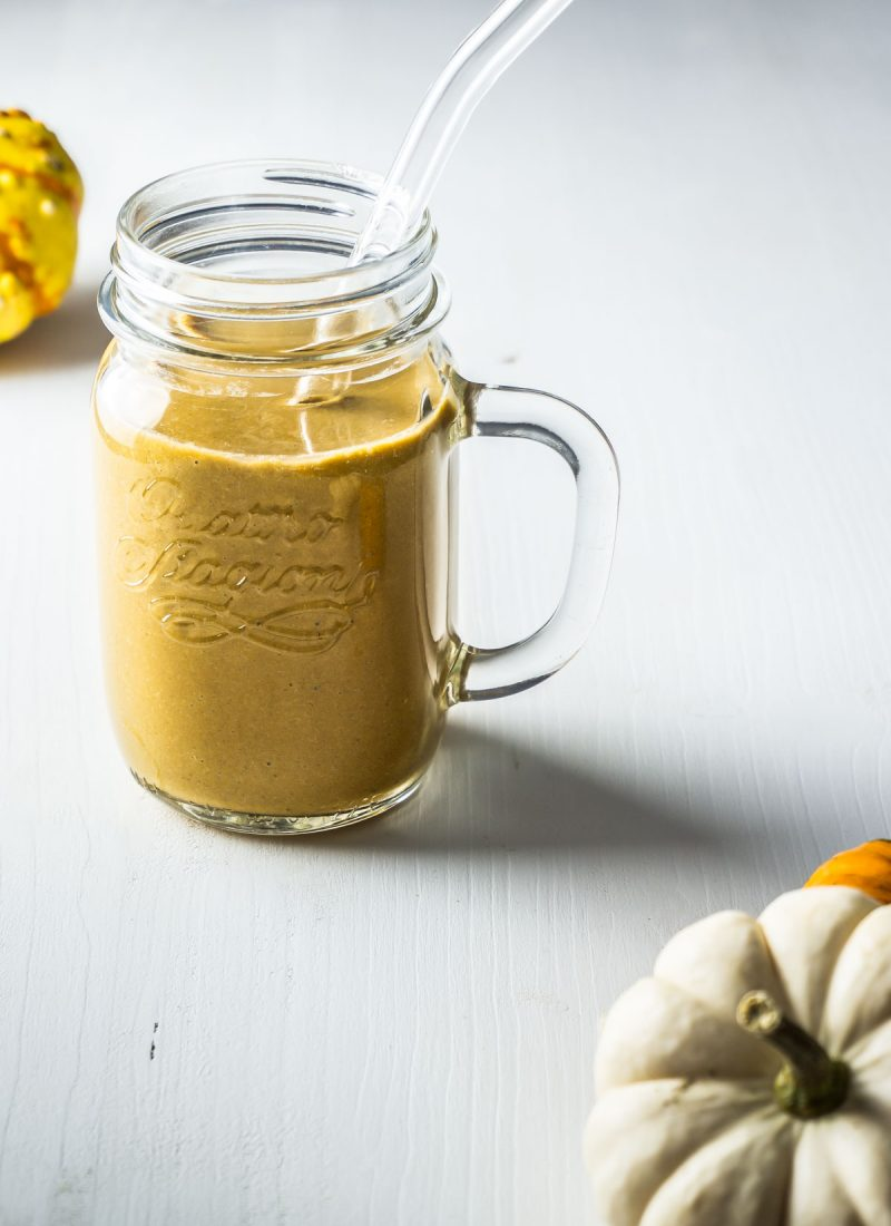 Pumpkin Spice smoothie in a glas with straw