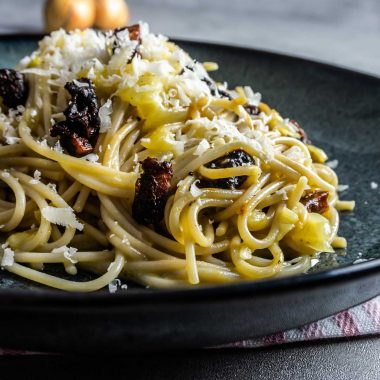 Vegetarian Spaghetti Carbonara on plate