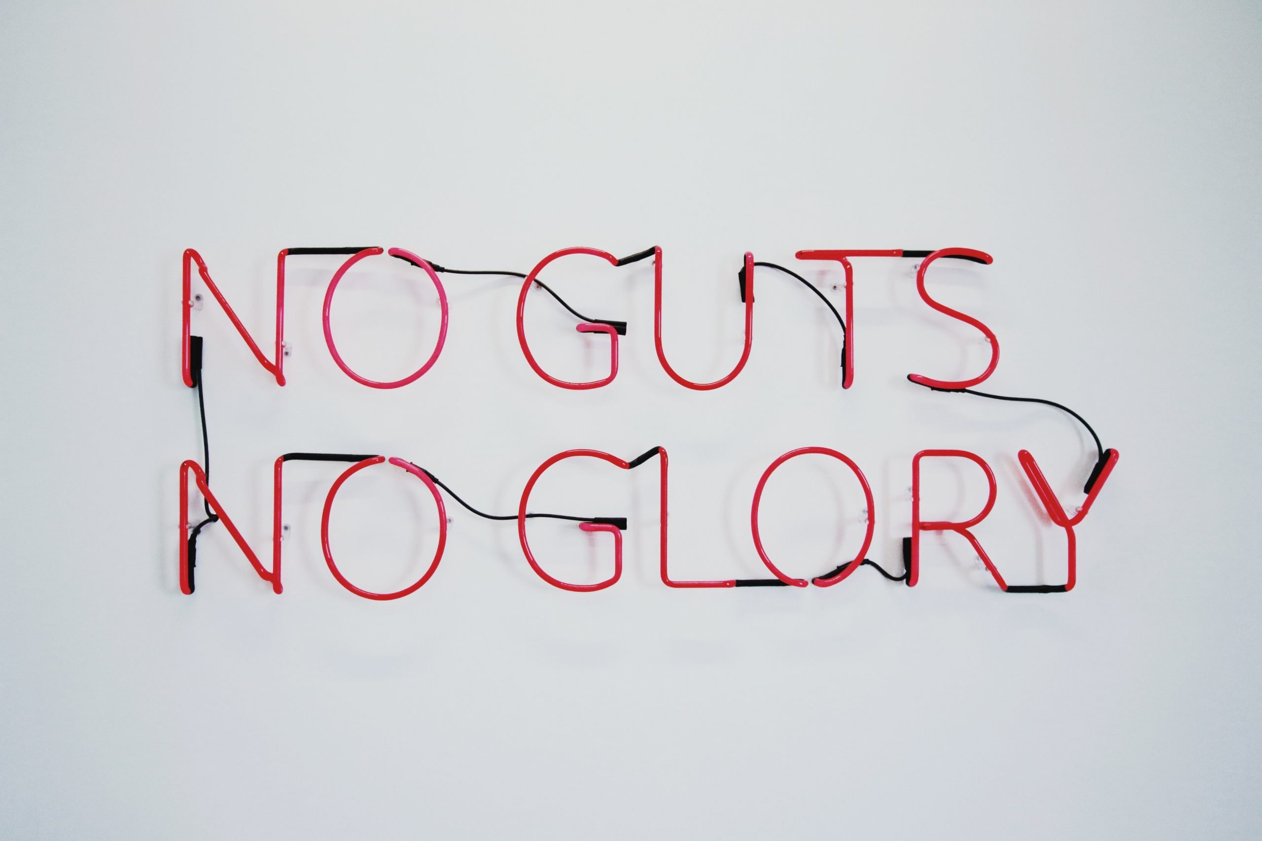"""Text """"no guts no glory"""" that can be illuminated in red"""