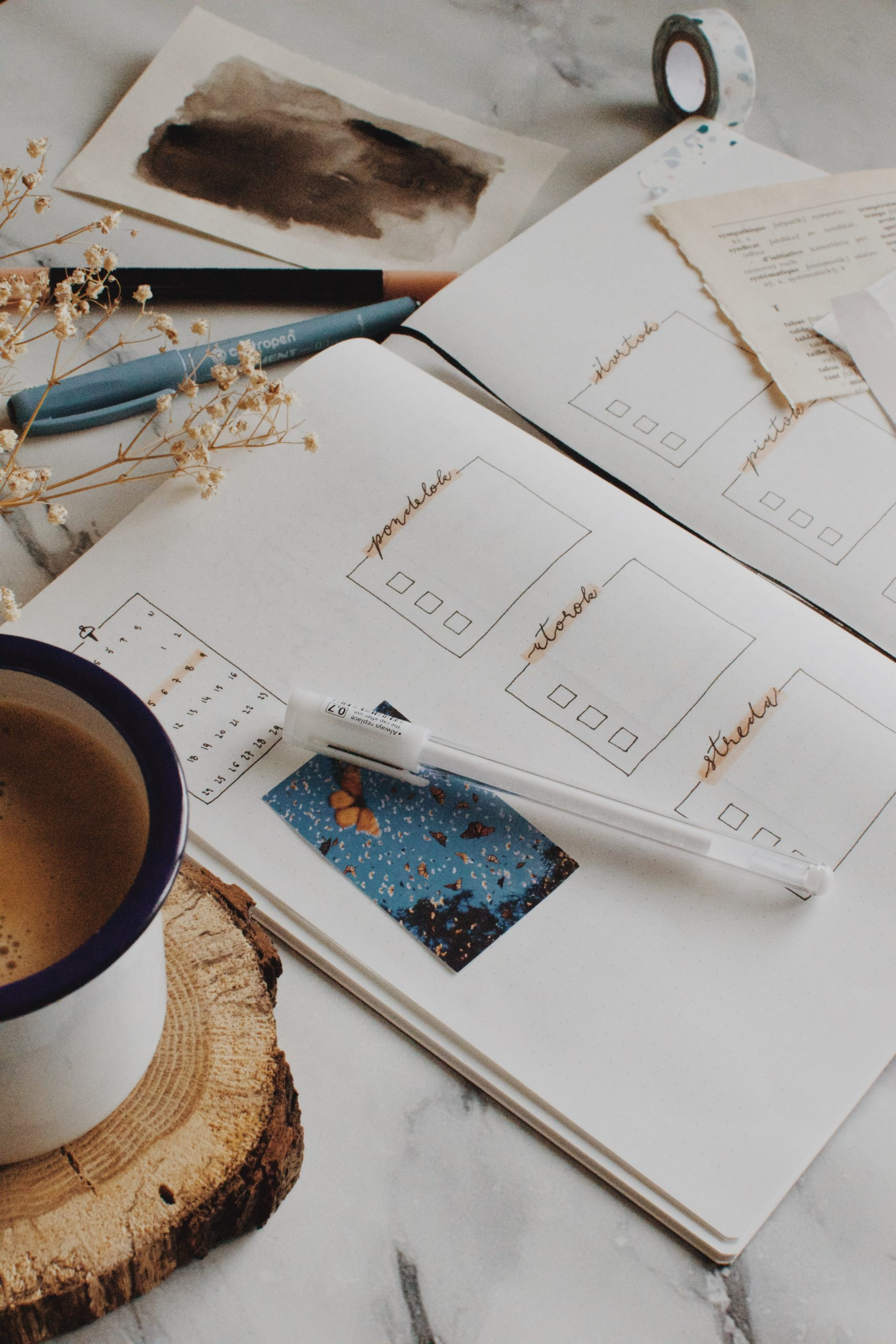 Morning to do list and journalling